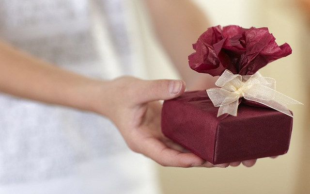大切な男性へ香水を贈る際に気をつけたいこととは?